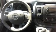Opel Vivaro Passenger photo 11